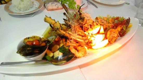 مطعم ذا كليف من افضل مطاعم ماليزيا لنكاوي