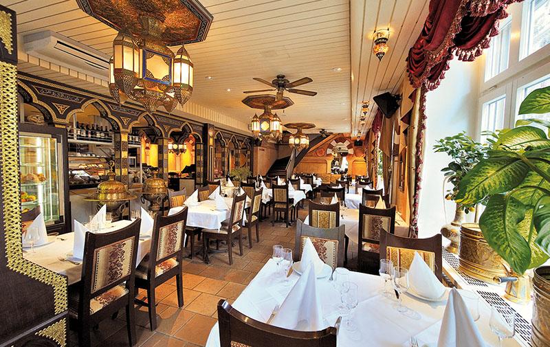 مطعم الأرز اللبناني