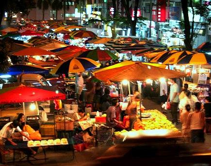 السوق الليلي في لنكاوي - البازار الليلي