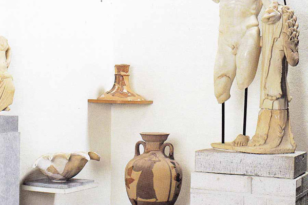 المتاحف في ميكونوس