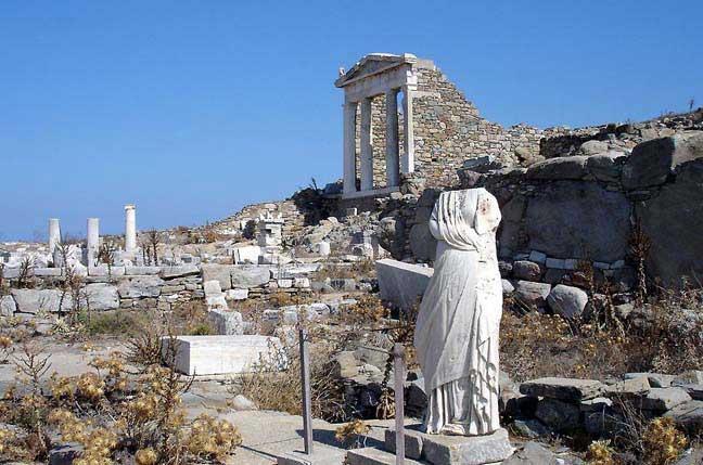 جزيرة ديلوس في اليونان