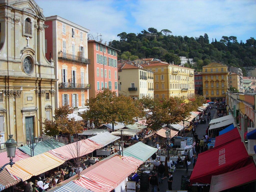 سوق زهرة كور ساليا في نيس