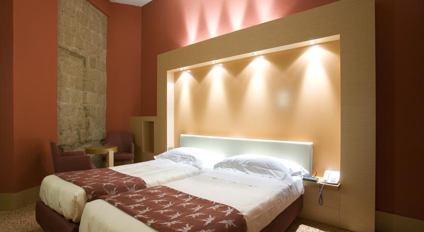 فندق أونا نابولي