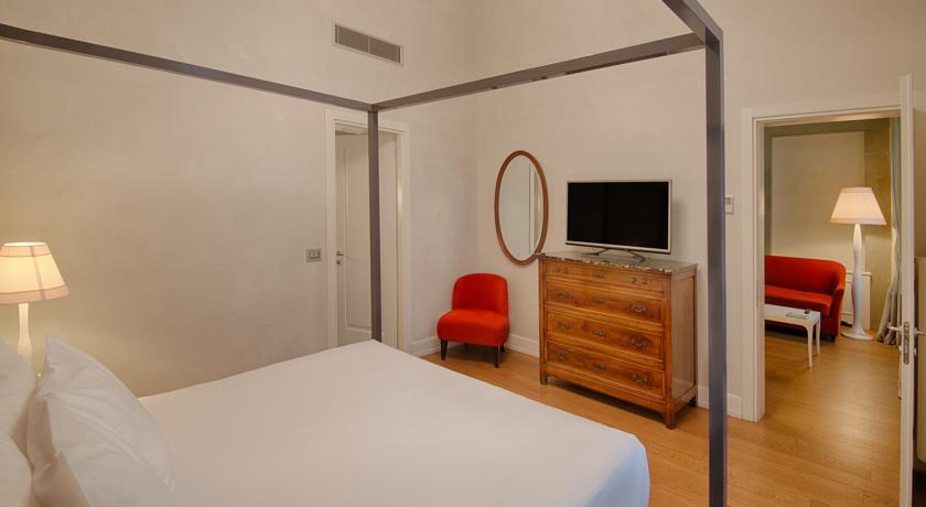 فندق إن إتش كولكشن فيرينزا بورتا روسّا