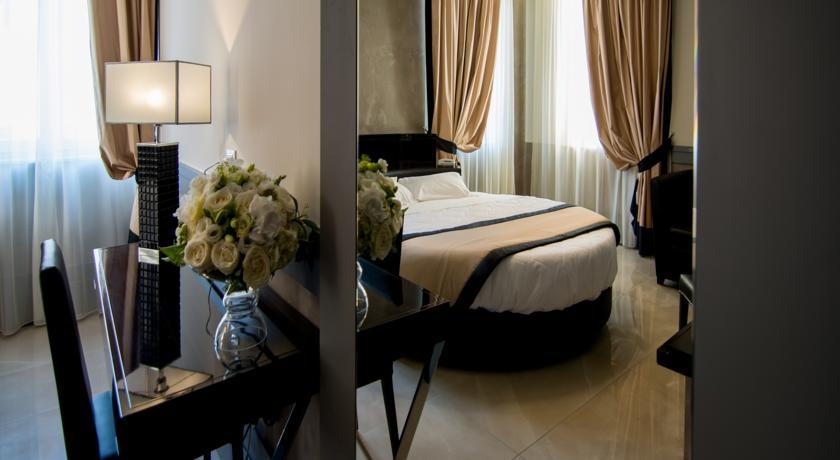 فندق بيازا فينيسيا