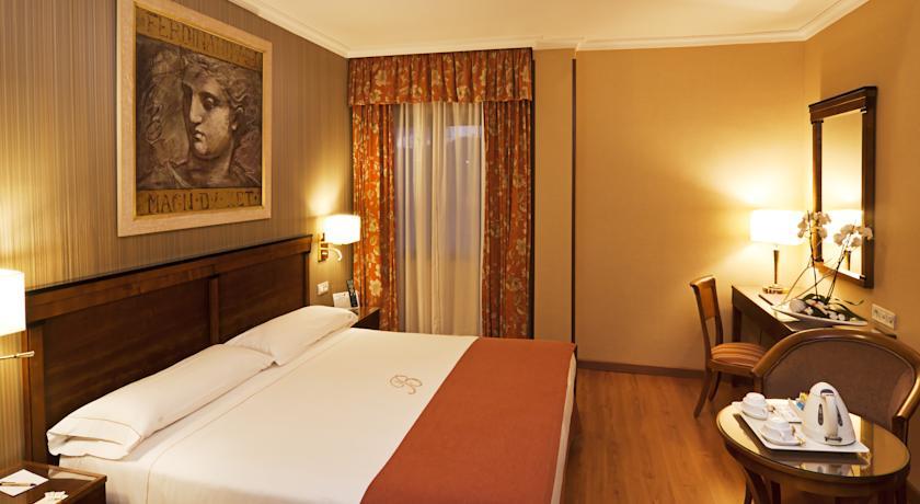 فندق بيكير اشبيلية