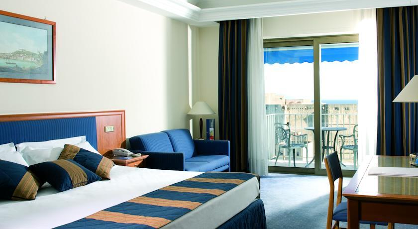 فندق رويال كونتيننتال
