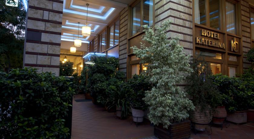 فندق كاترينا اثينا