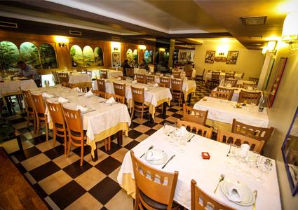 مطعم أبو خليل برشلونة