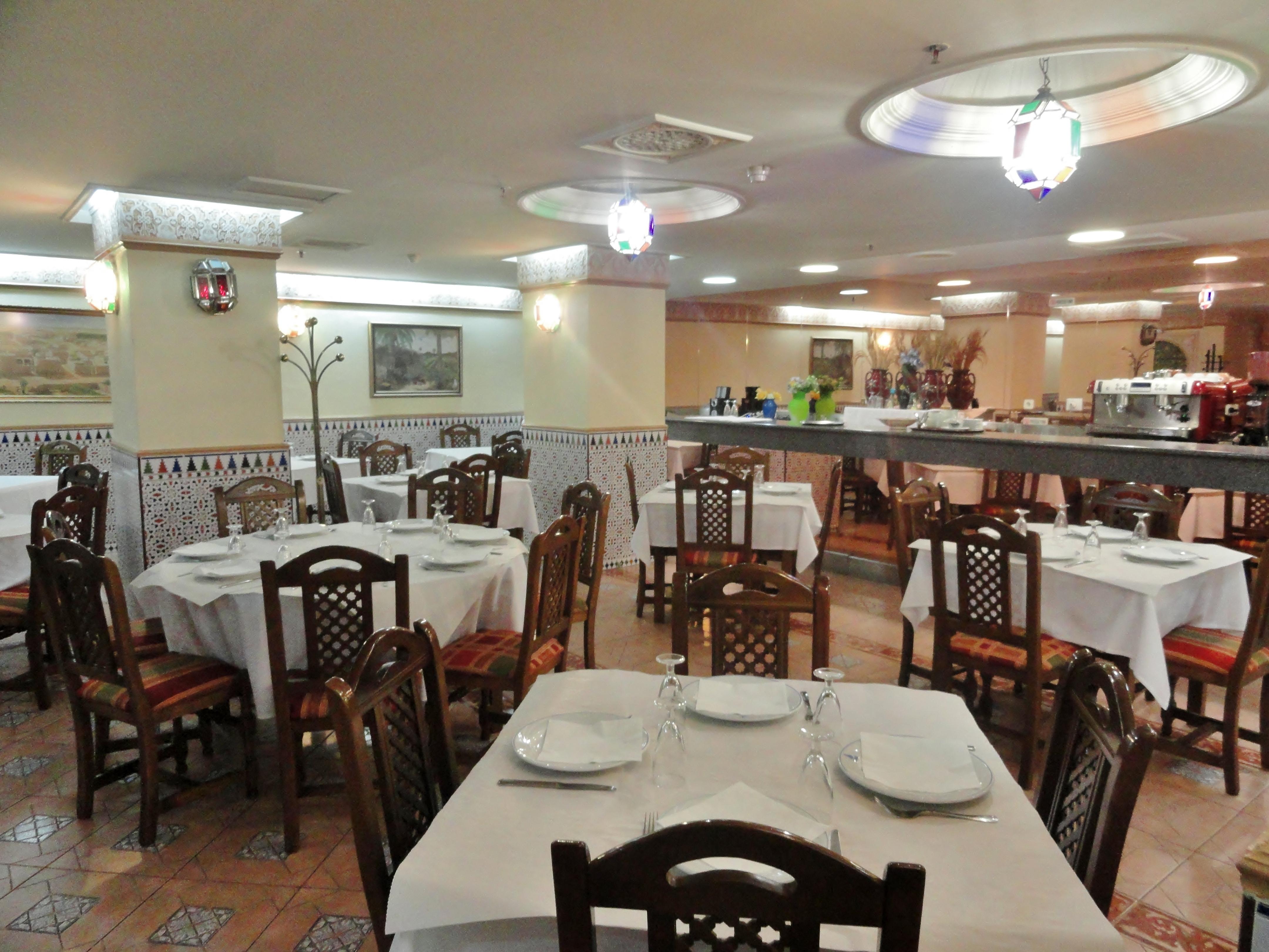 مطعم الزهراء مدريد