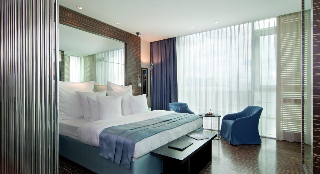فنادق في نابولي