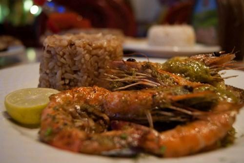 مطعم أكونا مطاطا من افضل المطاعم في شرم الشيخ مصر
