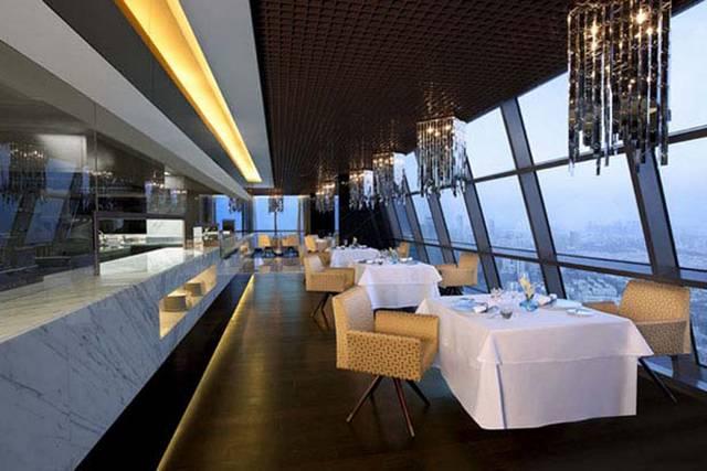 مطعم كويست من افضل مطاعم أبوظبي الإمارات