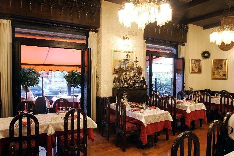 مطعم علاء الدين في ميلان ايطاليا من افضل مطاعم عربيه في ميلان
