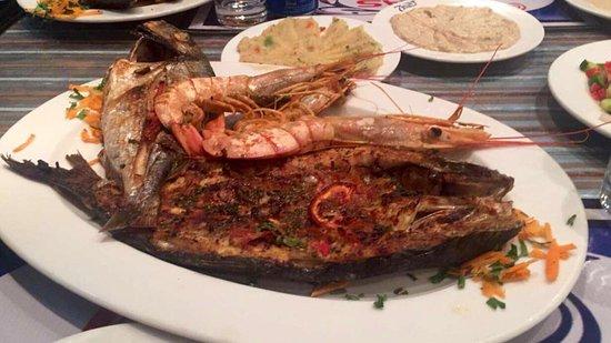 مطعم سفن سيز أو البحور السبعة من افضل مطاعم الاسكندرية المتخصصة بأطباق الاسماك