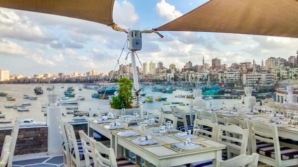 مطعم النادي اليوناني من اشهر مطاعم الاسكندرية