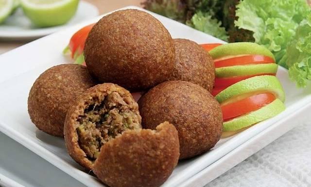 مطعم طربوش من افضل مطاعم الاسكندرية وهو مطعم سوري ويعد من افضل المطاعم في الاسكندرية