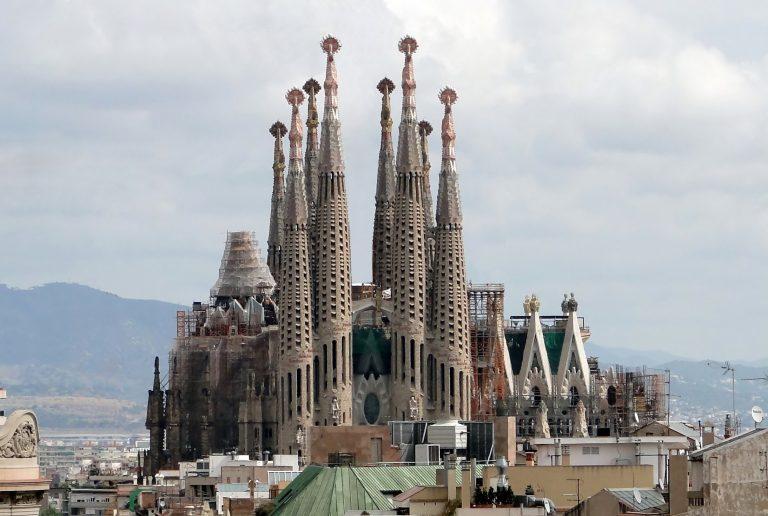 السياحة في برشلونة و المناطق السياحية في برشلونة التي تجذب السياح - صور مدينه برشلونه
