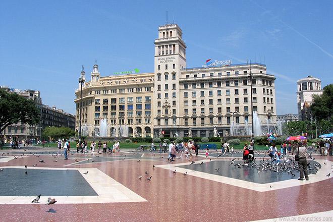 ساحة كاتالونيا السياحة في برشلونة و اهم الاماكن السياحية في برشلونة تعرف على مدينة برشلونة ومعالمها التاريخية و المناطق السياحية في برشلونة التي تجذب السياح