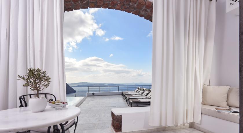 افضل ففنادق سانتوريني اليونان لقضاء شهر العسل