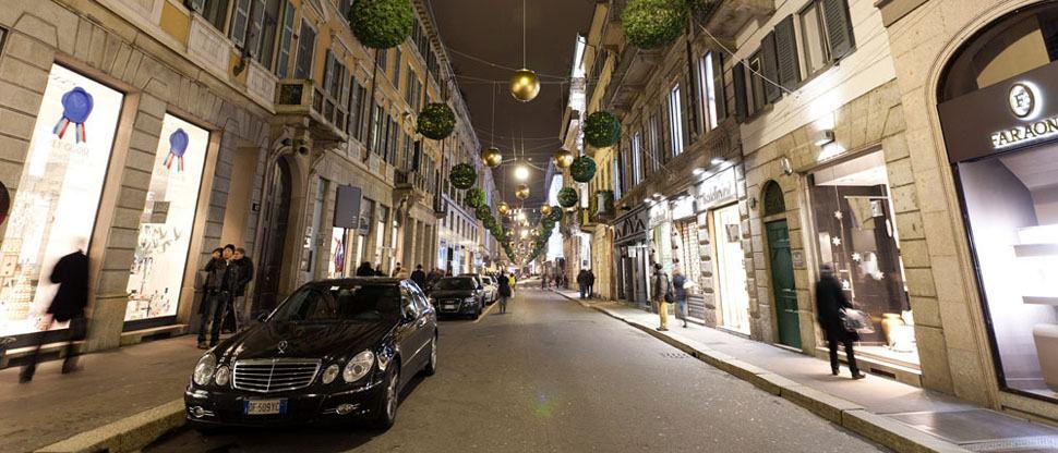 شارع فيا مونتينابوليوني من اشهر اسواق ايطاليا ميلانو