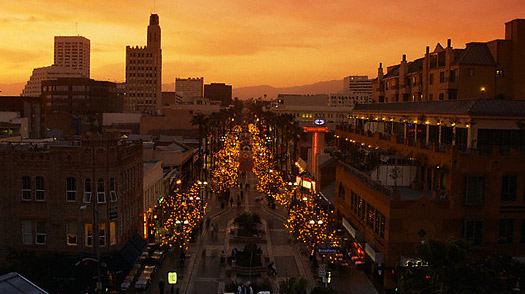 الشارع الثالث في لوس انجلوس