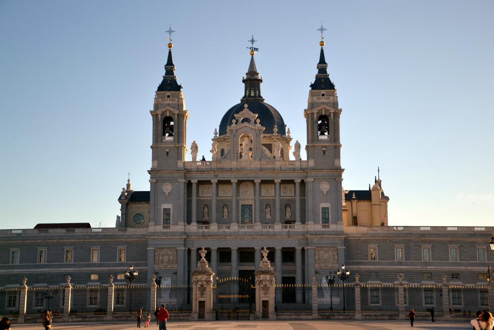 كاتدرائية المودينا في مدريد
