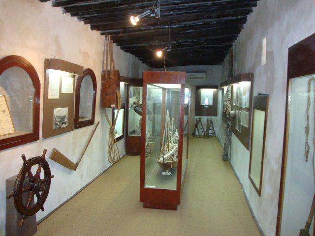 متحف رأس الخيمة يعتبر هذا المتحف من ابرز معالم السياحة في راس الخيمة