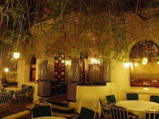 مطعم ألمونيا في المغرب كازابلانكا