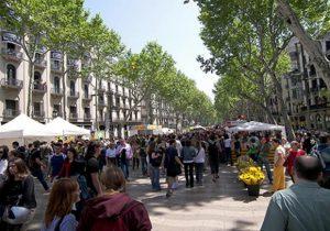 شارع الرامبلا من افضل اماكن السياحة في برشلونة اسبانيا