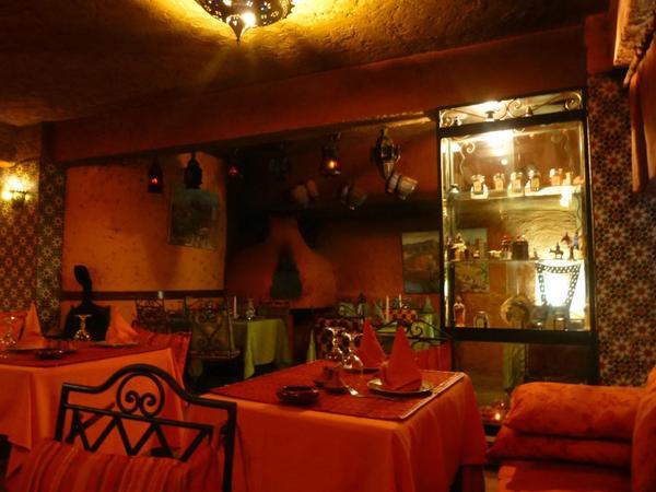 مطعم طاجين وطانجي من افضل مطاعم الرباط المغرب