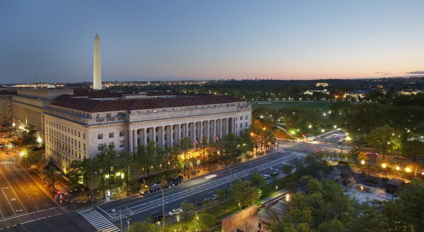 الفنادق في واشنطن