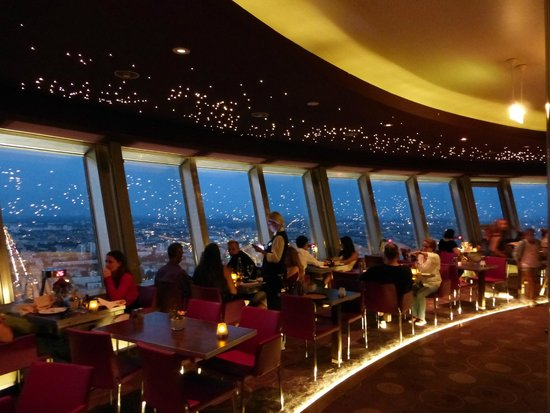 مطعم برج برلين