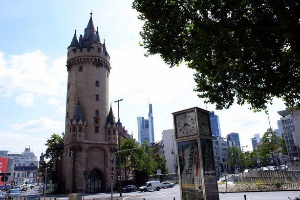 برج إيشنهايم من افضل اماكن السياحة في فرانكفورت