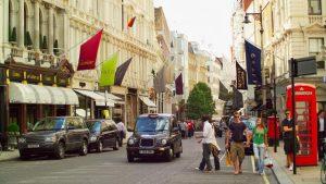 يعد شارع بوند ستريت لندن من اهم الاماكن السياحية في لندن انجلترا