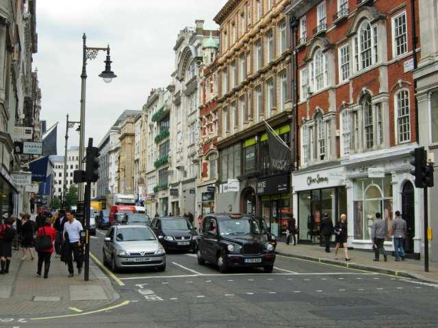 شارع بوند ستريت من اهم اماكن السياحة في لندن انجلترا