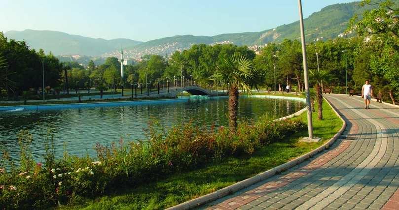 الحديقة الثقافية من اجمل حدائق بورصة ، تقع الحديقة الثقافية (بالتركية: Kültürpark) بالقرب من قلب مدينة بورصة