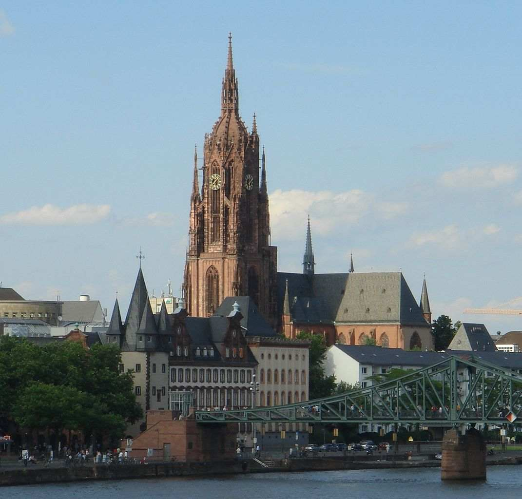 كاتدرائية فرانكفورت المانيا