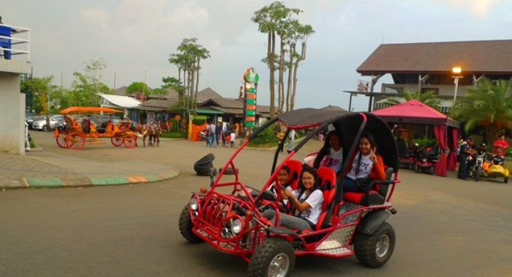 منتزه كامبونج جاجاه من افضل اماكن الترفيه في باندونق اندونيسيا