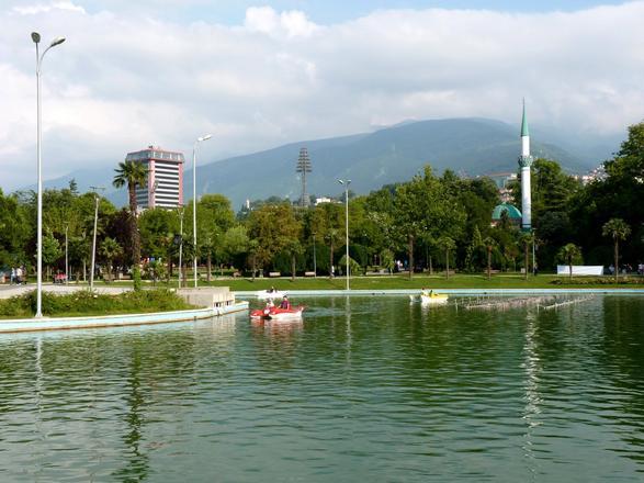 الحديقة الثقافية من اجمل حدائق بورصة تركيا