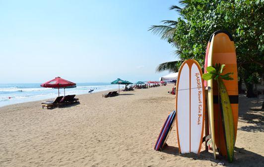 شاطئ كوتا بالي اندونيسيا