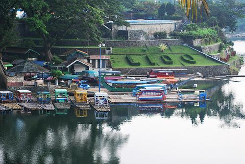 بحيرة الليدو من اجمل مناطق السياحة في اندونيسيا بونشاك