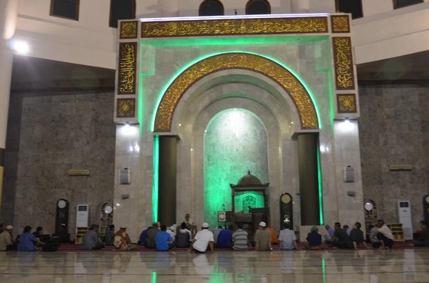 مسجد رايا باندونق الكبير في اندونيسيا