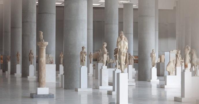 متحف الأكروبول من افضل الاماكن السياحية في اثينا اليونان