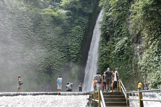 شلال شامبوهان في بالي اندونيسيا