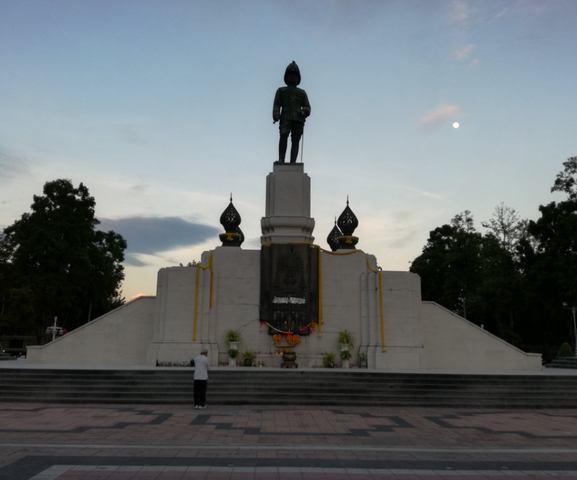 لومبيني بارك بانكوك من افضل اماكن السياحة في تايلاند