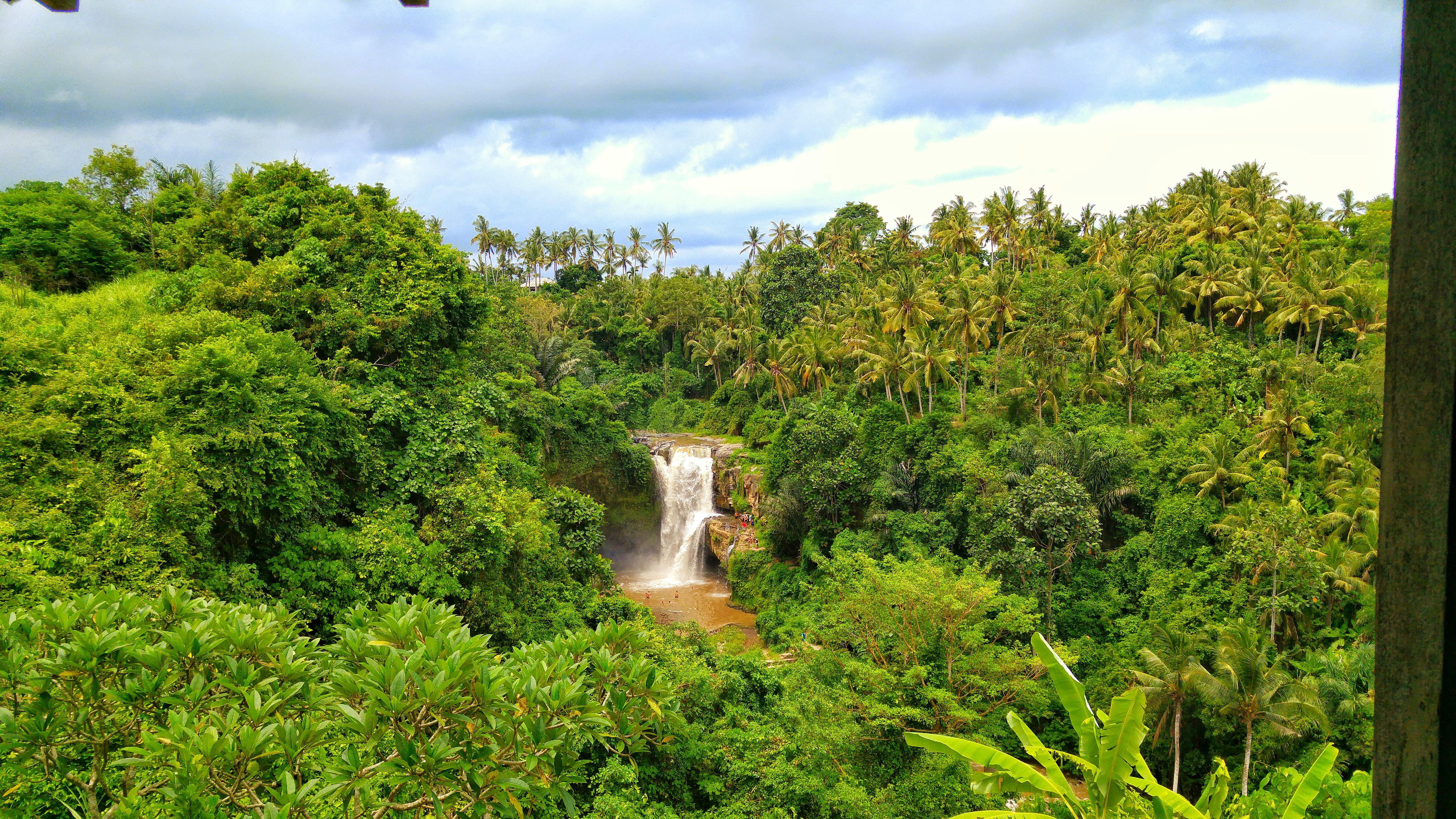Tegenungan Waterfall (5)