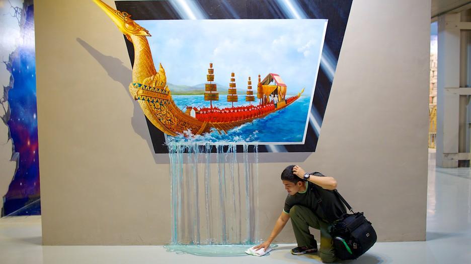 معرض جنة الفن في تايلاند بتايا
