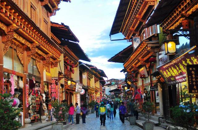 البلدة القديمة في شنغماي تايلند Chiang Mai's Old City واحدة
