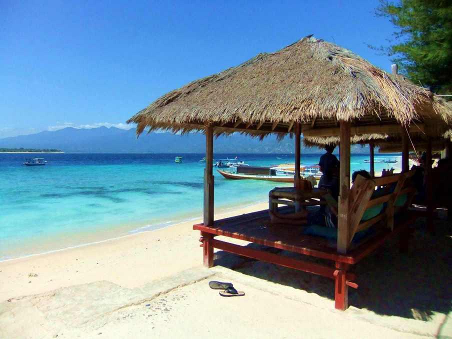جزيرة جيلي من اجمل الاماكن السياحية في لومبوك اندونيسيا